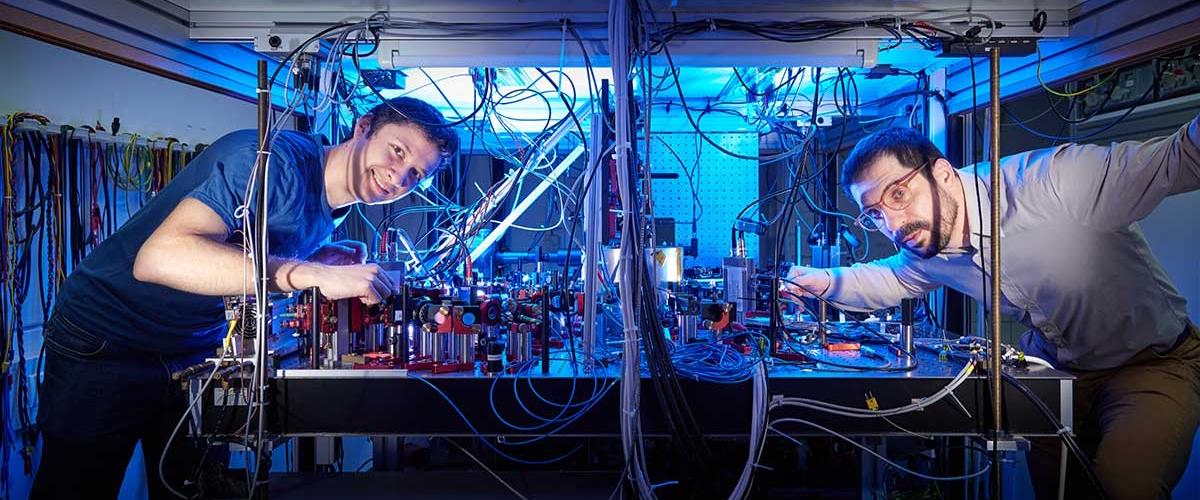 Эксперимент физиков уточнил ограничения скорости в квантовом мире