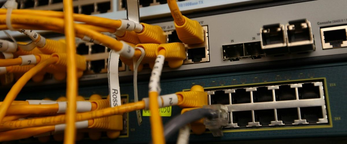 Берни Сандерс хочет потратить $150 млрд на трансформацию интернета в США