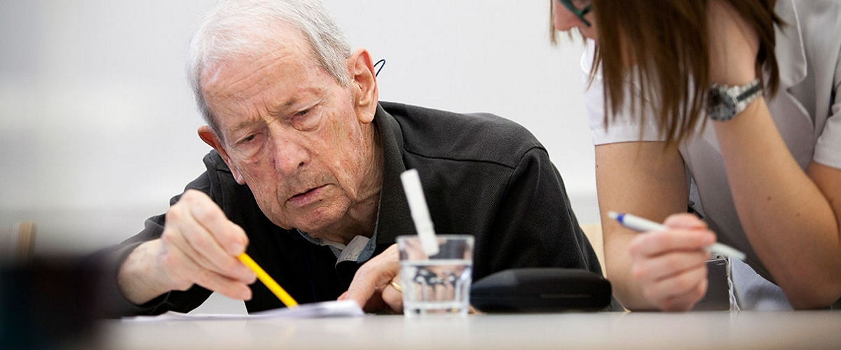 Ученые: 40% случаев деменции можно предотвратить, соблюдая 9 правил