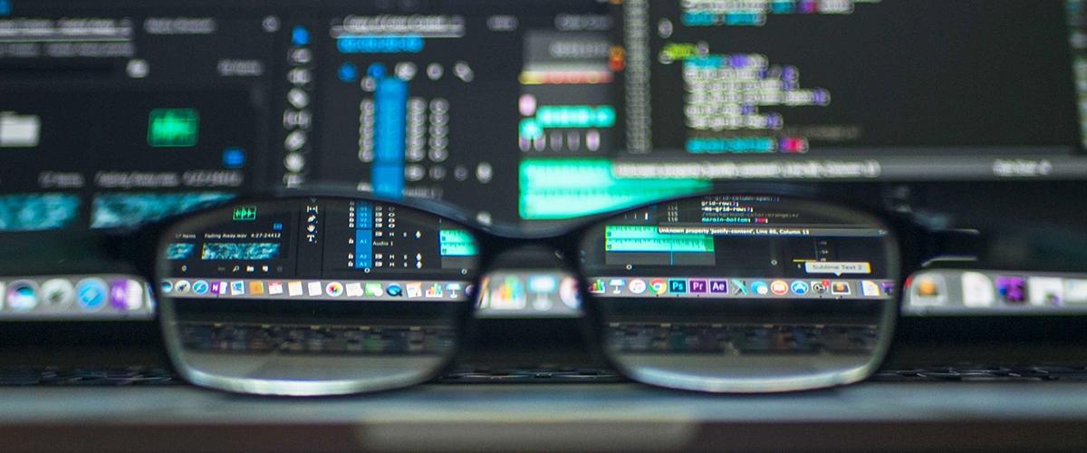 ИИ-корпорации и увольнения в IT-отделах: главные тренды от Deloitte