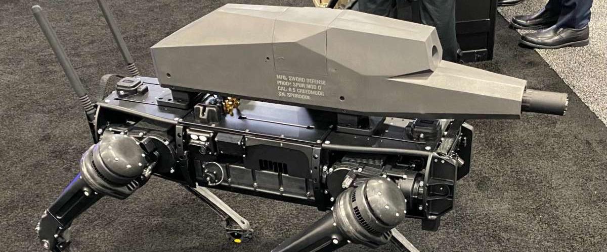 Представлен робопес, вооруженный специальной снайперской винтовкой