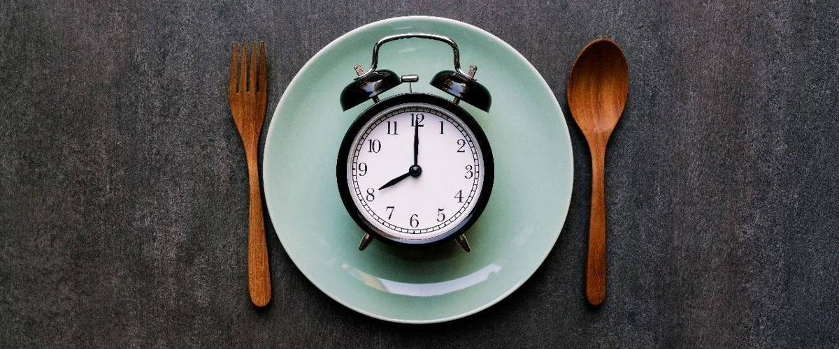 Ограничение приемов пищи 10 часами в день помогает предотвратить диабет